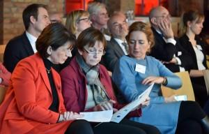 Marie-Luise Dött, MdB; Dr. Herlind Gundelach, MdB; Caren Lay, MdB